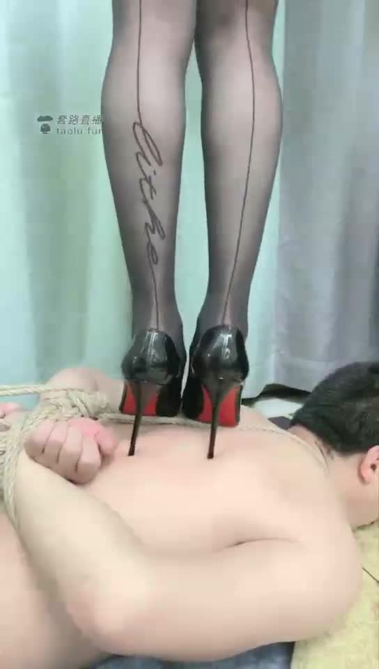HD, high-heeled trampling painful torture special