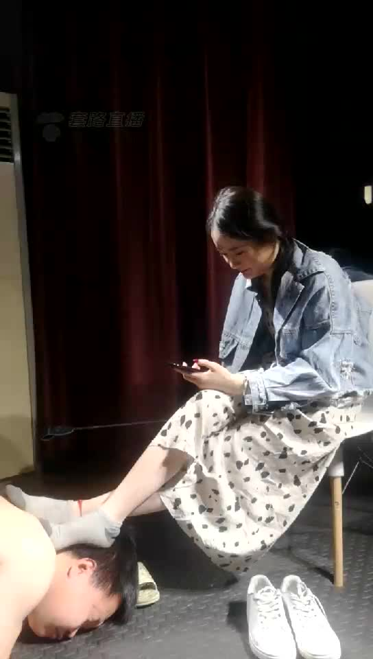 HD, foot control special, happy foot slave