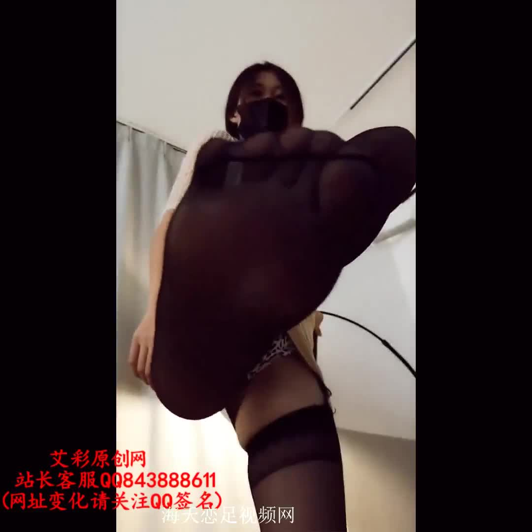 Ultra-clear version, POV, humiliation under the crotch