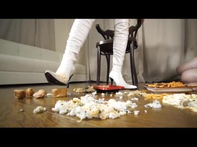 Japanese heroine, step on food