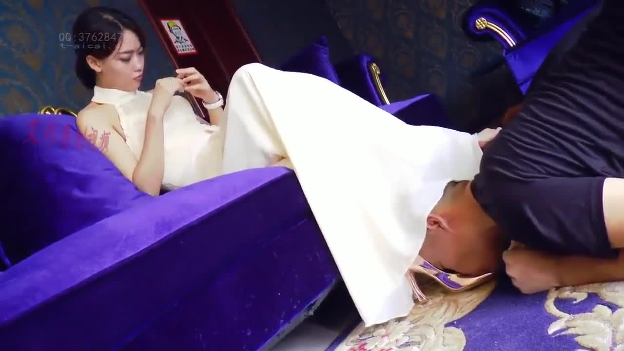 Unknown heroine, training husband and wife slaves